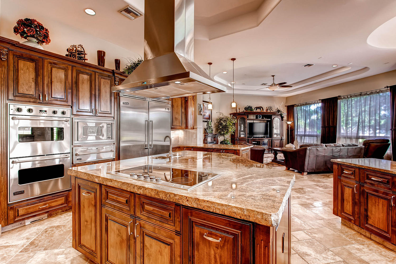 Gorgeous Custom Home In Gated Whitewing Elite Desert Realty